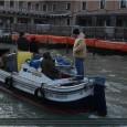 Notre matériel sous bonne escorte lors du carnaval de Venise 2013. Carnaval de Venise 2013 from fracassede12 on Vimeo.